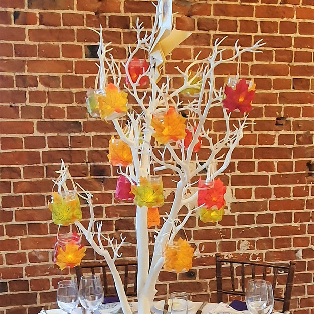 Table tree lanterns