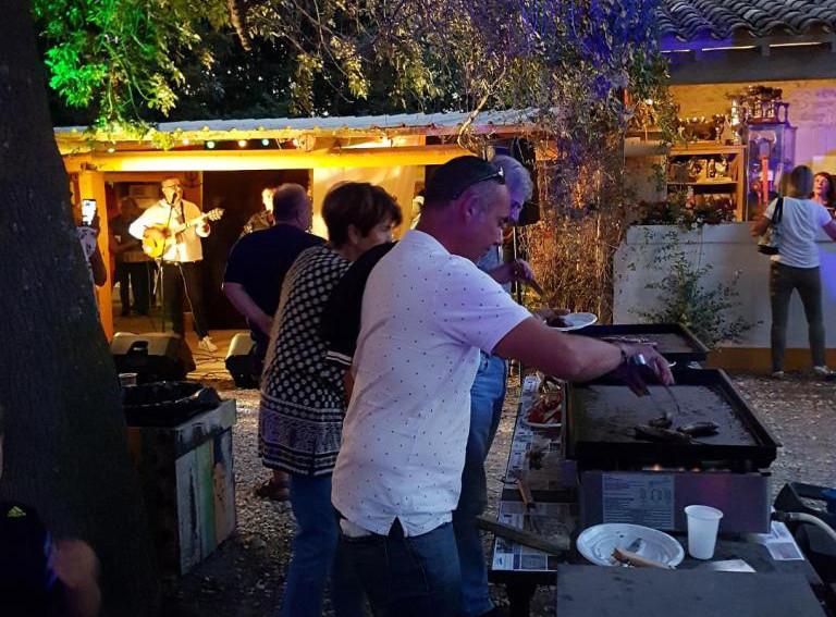 Barbecue marché des producteurs