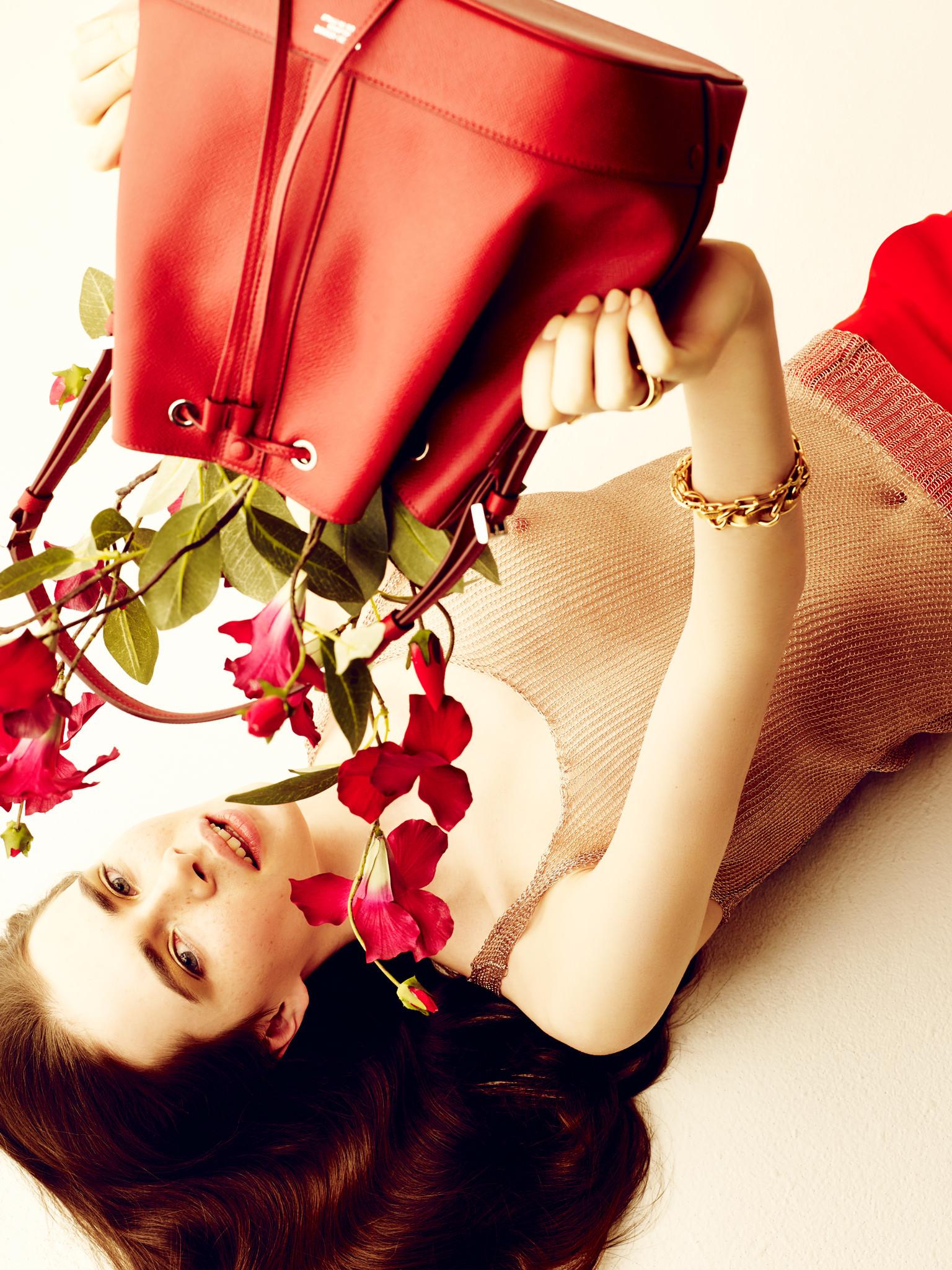 2015_Vogue_Bags&flowers43356.jpg