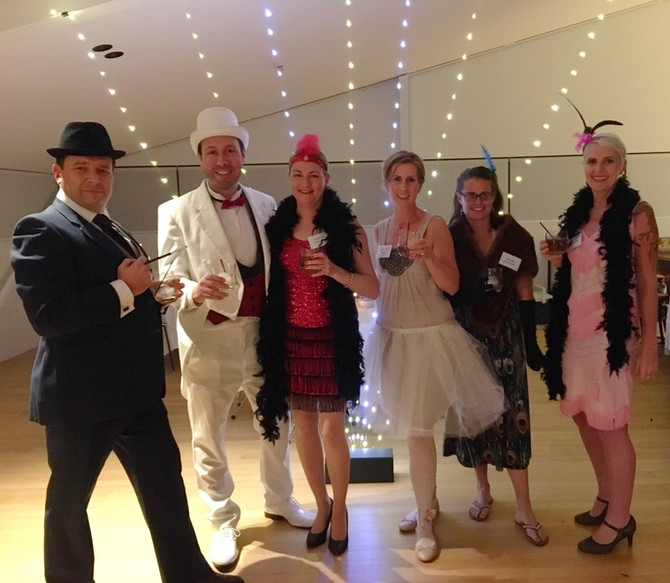 Gatsby Roaring 20's Murder Mystery Party