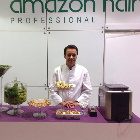 Stand Amazon Hair