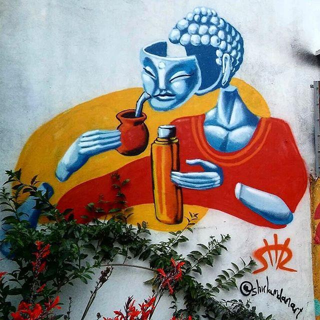 בודהה שותה מטה Buddha tomando mate שיר למדן Shir Lamdan ציור ספריי על קיר חיצוני במסעדה El Popu במונטבידאו, אורוגואי גודל: 2x2.5 מטר רמת פירוט: נמוכה - בינונית משך עבודה: יום  מחיר: 1000 ש״ח