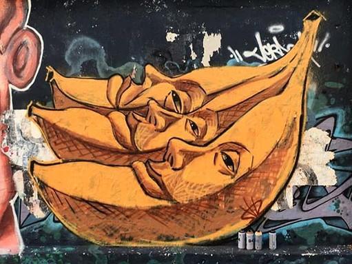 Bananas Shir Lamdan Free hand spray Montevideo, Uruguay