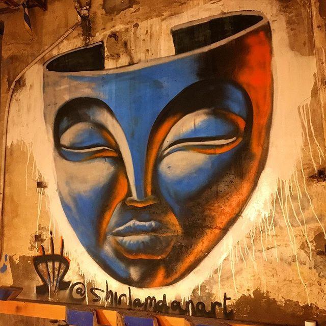 Shir Lamdan Free hand spray. Molet Jaffa
