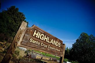 Highlands park sign