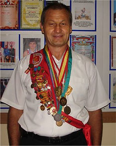 Андрей Вейкуть | Тренер по теннису | Теннис в Сочи | СФП теннис | ОФП теннис