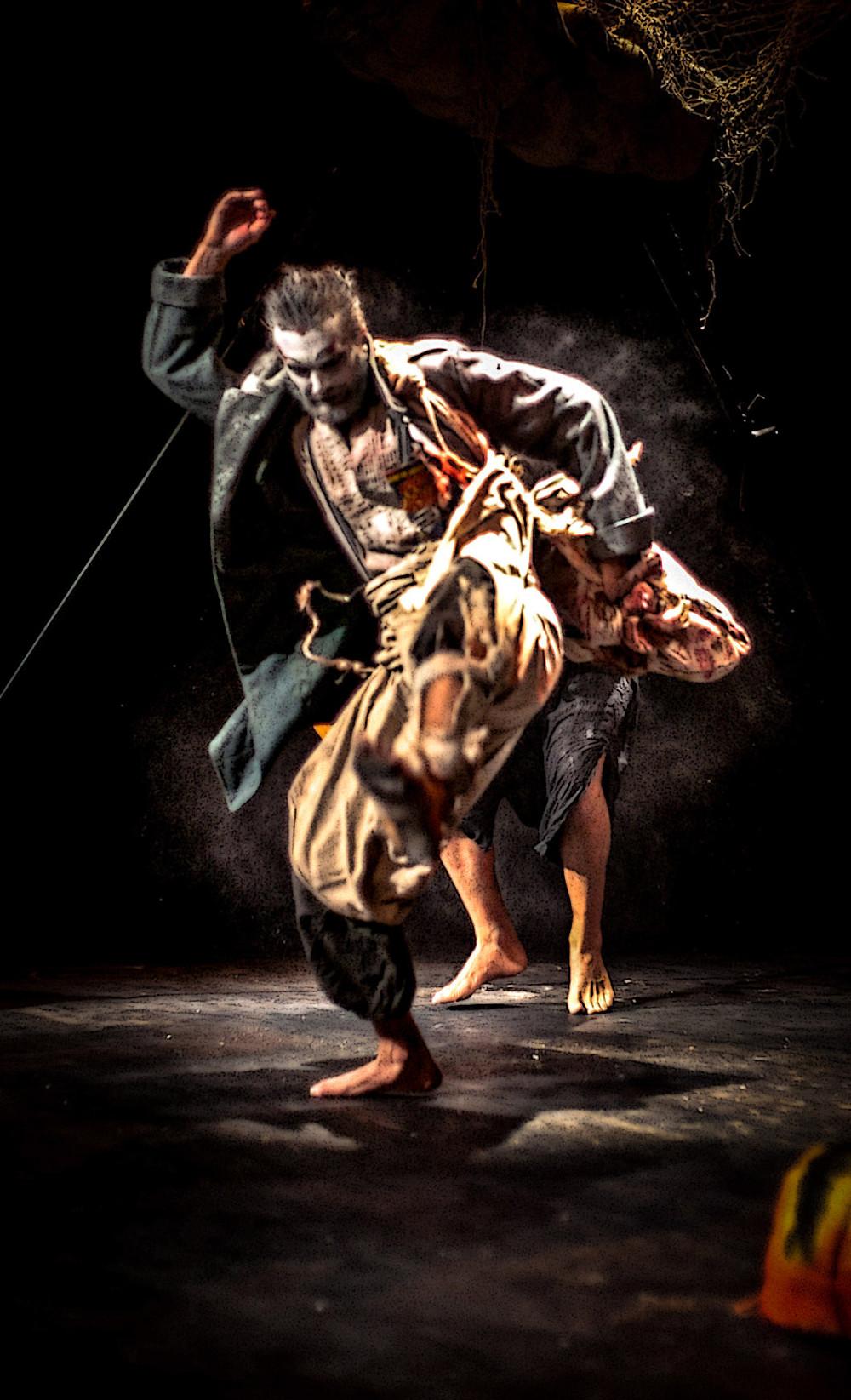 ¡Lazaro! theatre performance. Photo by Jan Eckert