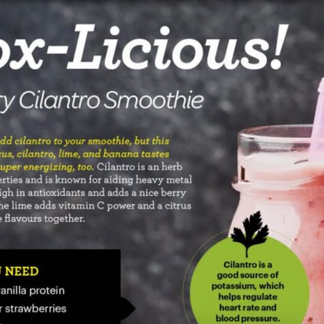 GLO Detox Berry Cilantro Smoothie