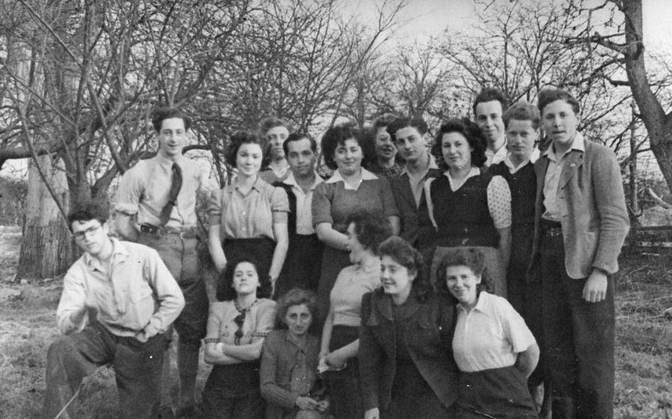 בהכשרה בחוות תקסטד באנגליה 1947
