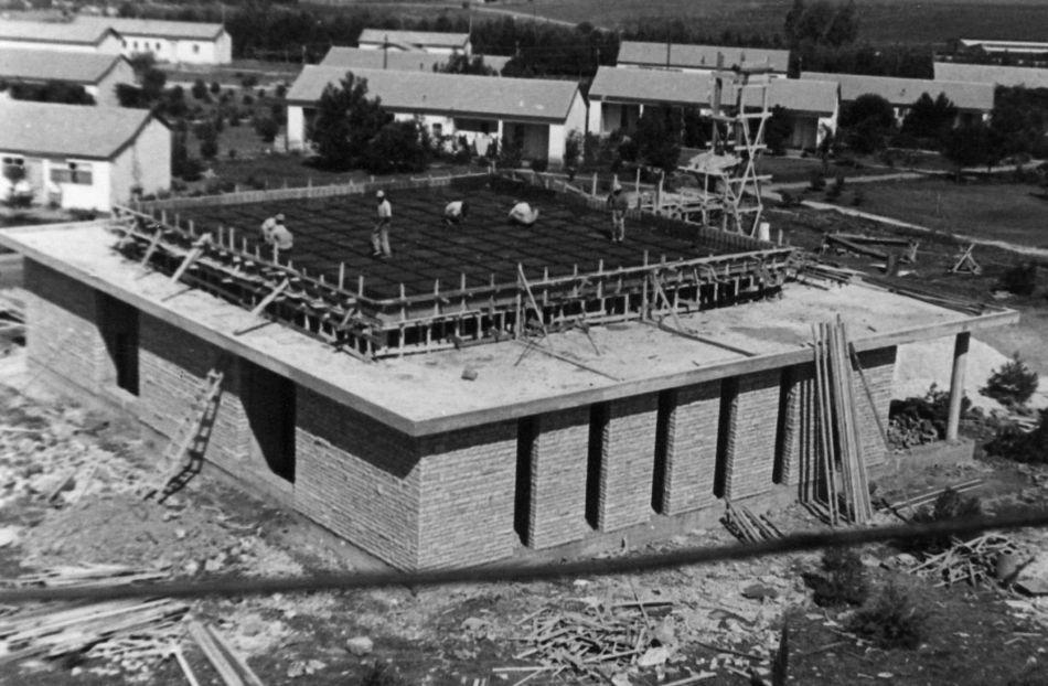 בנית בית הכנסת 1960
