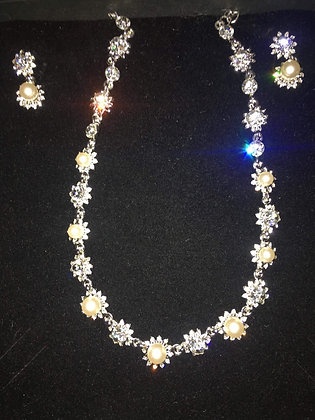 Simulated Pearl & Crystal Necklace