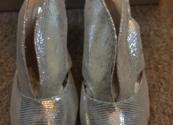 Silver Leather Courts