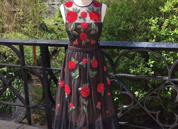 Applique Red/Black Dress
