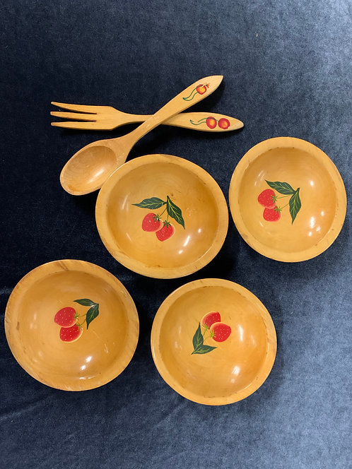 4 Wooden Strawberry Bowls plus Fork and Spoon