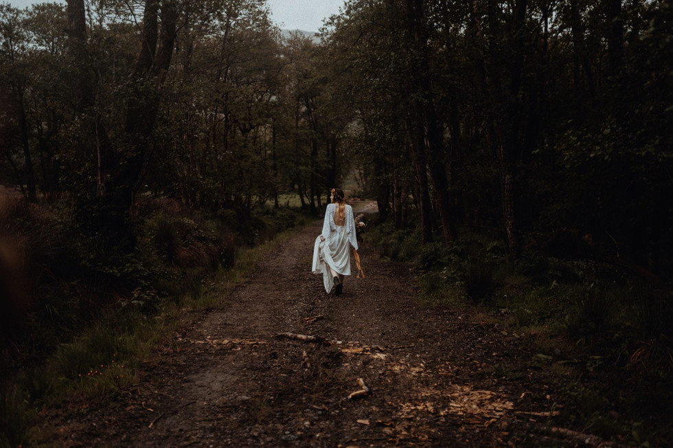 Christin and Gareth's elopement at St Mary's in the Scottish Highlands. Belle Art Photography