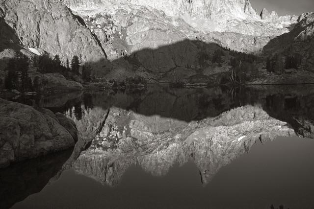 Dawn at Mineret Lake