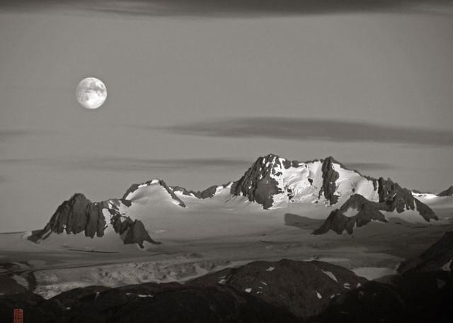 The Throneroom at Moonrise