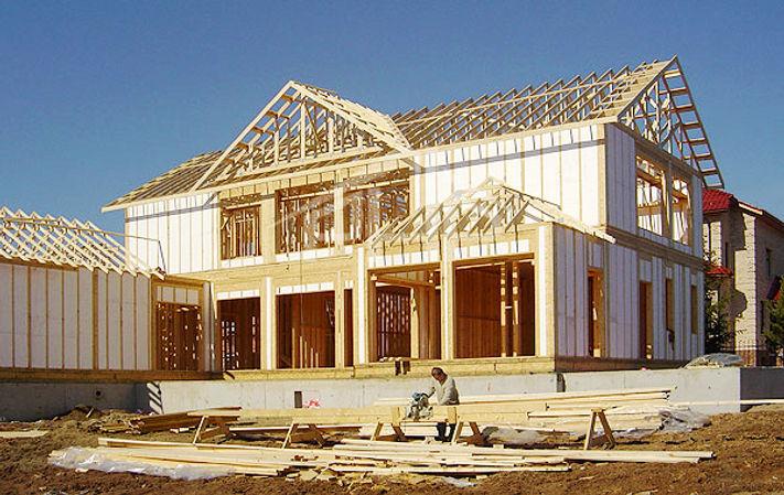 Каркасный дом в стиле модерн с панорамным остеклением. Строительство каркасных домов в Калуге и Калужской области.