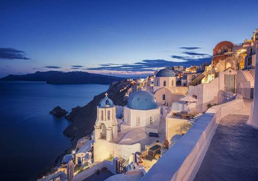 Five Reasons to Visit Greece