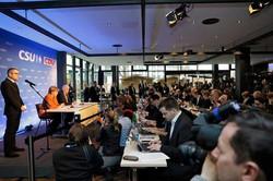 Konferenz mit Merkel in der Kantine