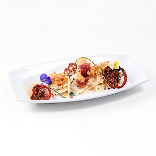 Raviolis de Pollo en Salsa de Tocineta Crujiente