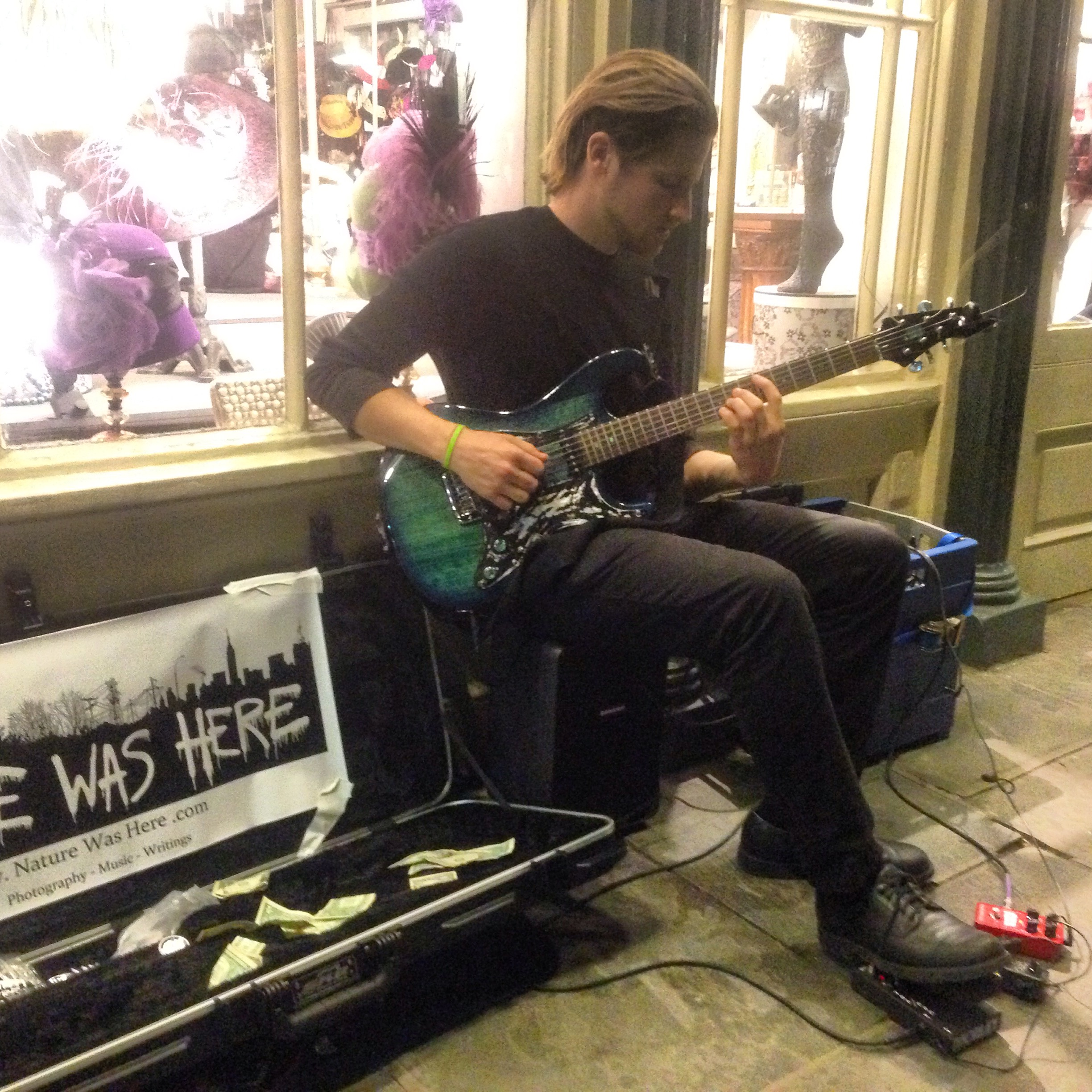 busking in New Orleans