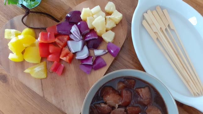 Honey and Garlic Chicken Skewers Recipe