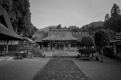 南丹市園部の魔気神社