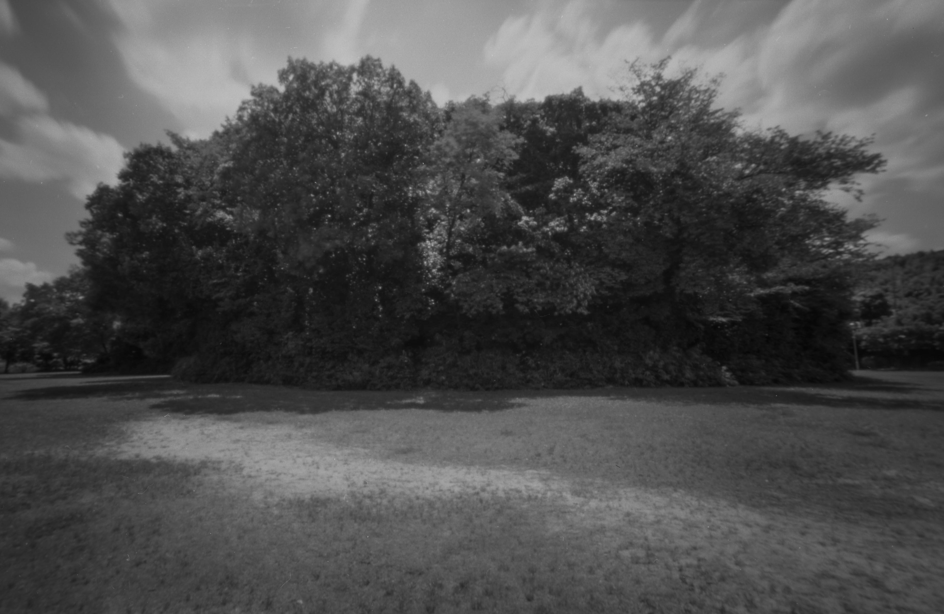 京都最大の前方後円墳。天皇の杜古墳。(紀元4世紀)