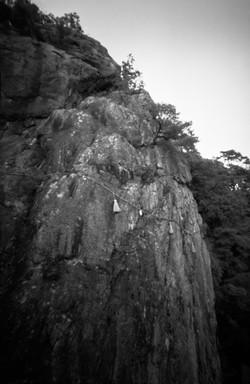 太郎坊宮(阿賀神社)の夫婦岩