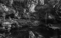 白糸の滝の聖域