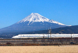 Mt.fuji_&_bullet_train_-_panoramio_edited