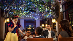 Dining Spotlight:  Best Character Dining at Disney World