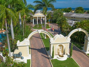 Resort Spotlight:  Sandals Royal Caribbean