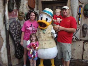 Dining Spotlight: Character Meals at Disney World