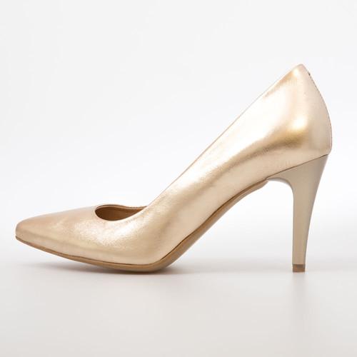 88e8fbb9d941 Magassarkú designer cipő - Shoes And The City