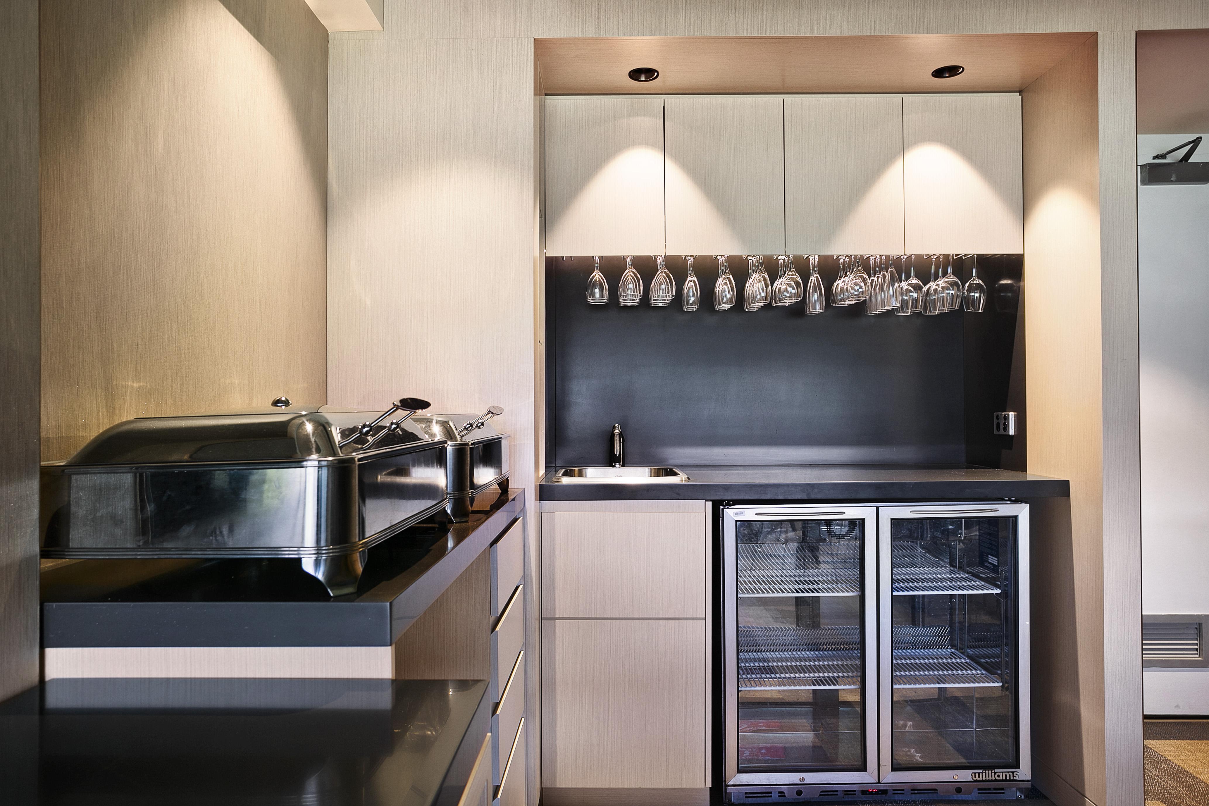 3ce0a400-0ae3-0135-47c7-7222926b388b_Kitchen