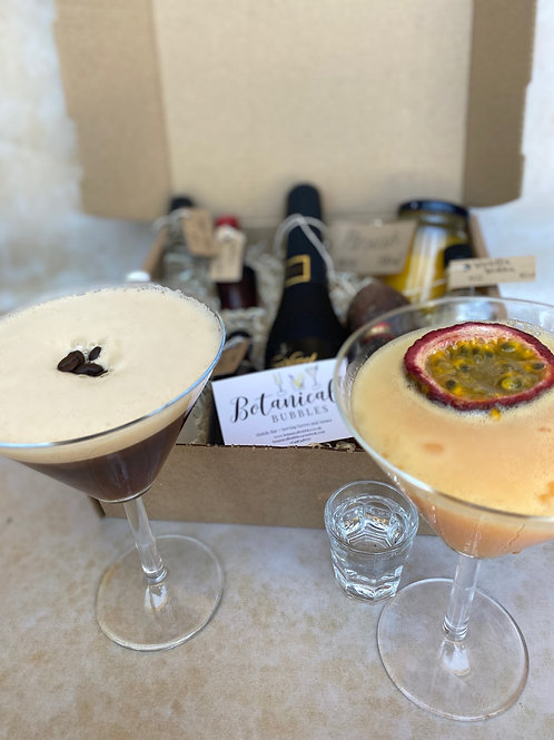 Sharing Cocktail Box (2 Cocktails, 4 Servings)