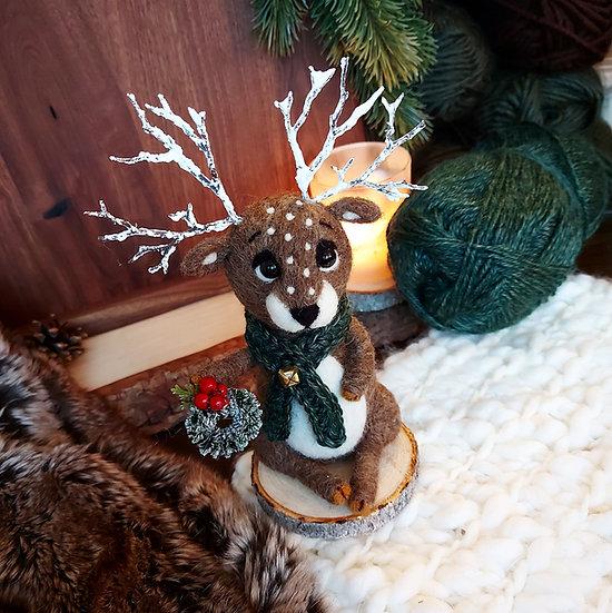 Christmas Reindeer with wreath