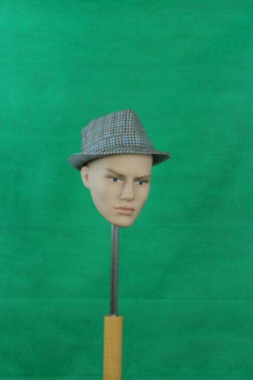 Hut (verschiedene Modelle vorhanden)