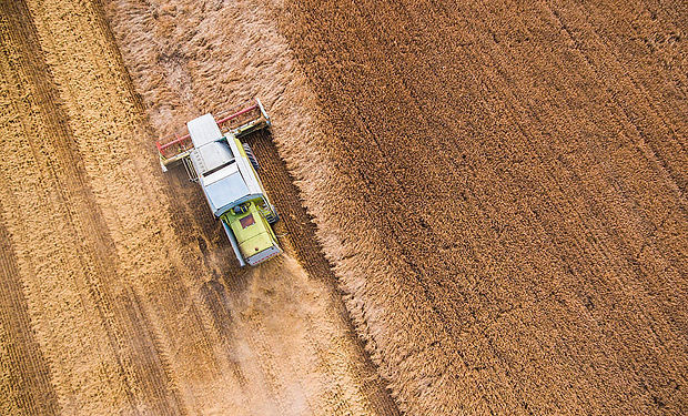 combine-harvester-at-work-from-birds-eye