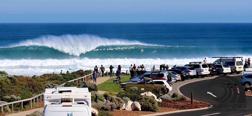 big swell mainbreak