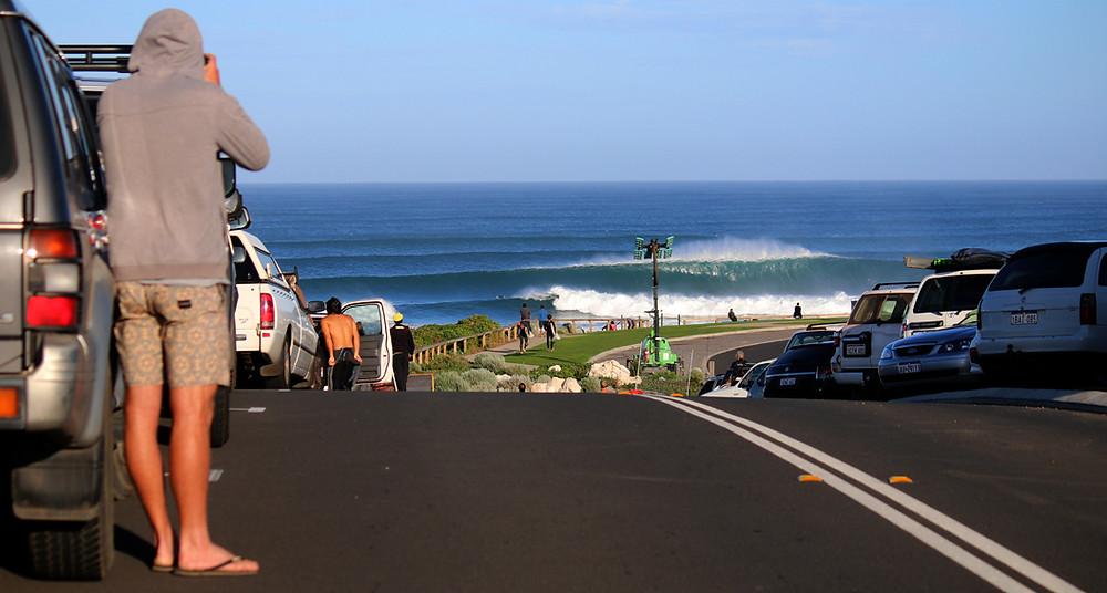 surfers point peak