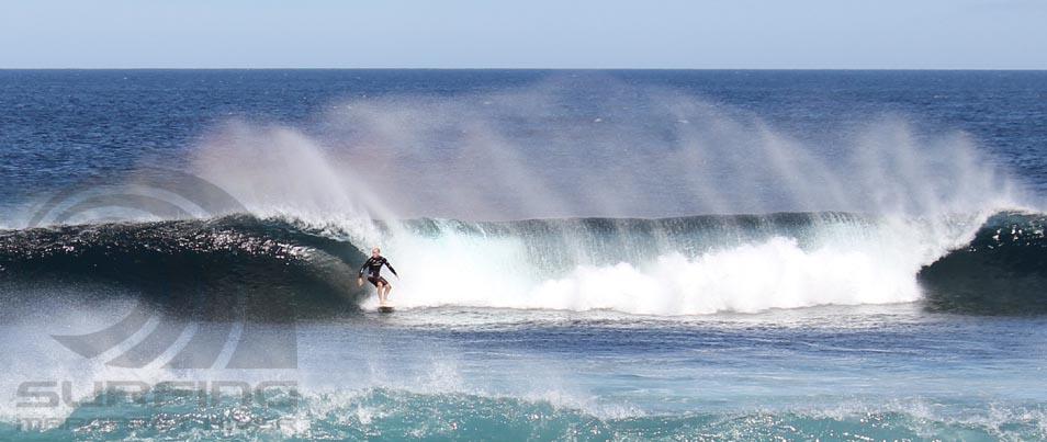 surfing margaret river, big rock.