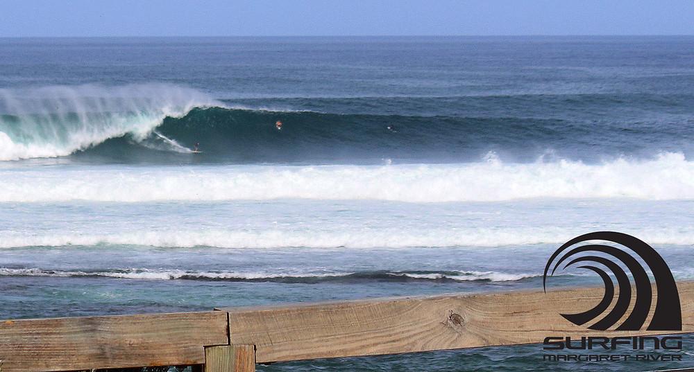 big waves mainbreak surfers point