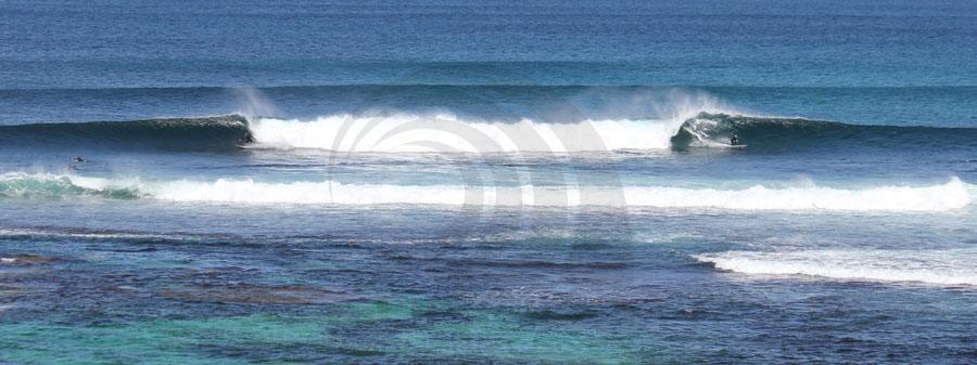surfing margaret river, mainbreak.