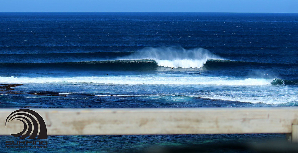 Mainbreak lefts and rights