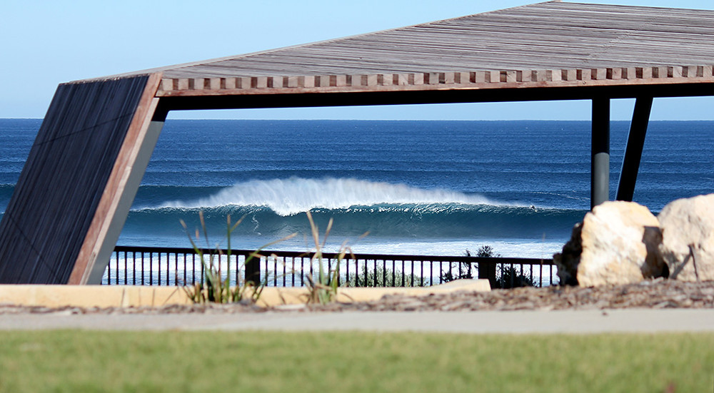 good size today, mainbreak, surfers point