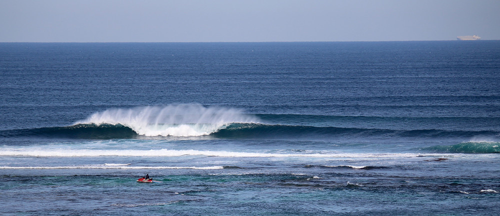 surfers point margaret river pro day one