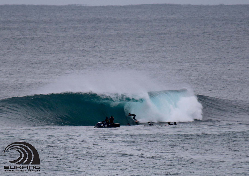 surf photos the box margaret river